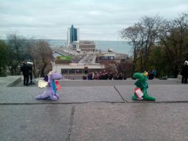 The adventure of two dragons in Odessa, Ukraine by FCSD