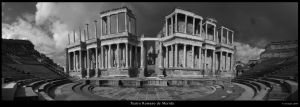 Teatro romano de Merida by ufinderip