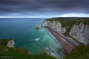 Dawn on the cliffs by matthieu-parmentier