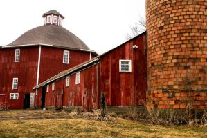 Iowa Barn 2 by MackTheDeuce