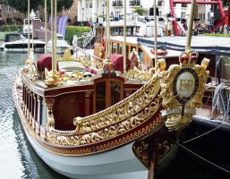 Royal Barge Gloriana - London 2014 by wildplaces