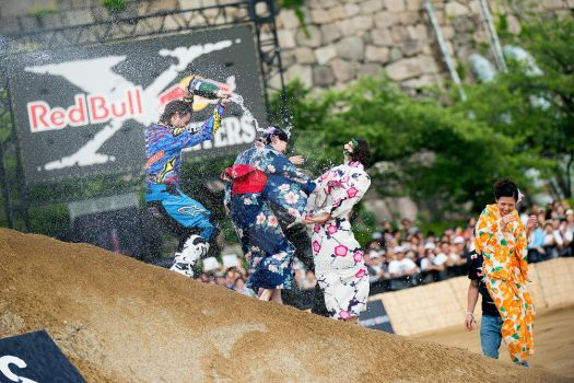 Red Bull X-Fighters 0saka 2014 by Sting1