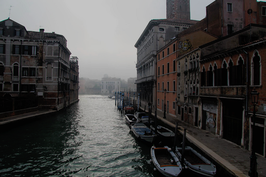 Fog in Venice by Schreibsessel