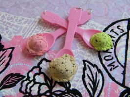 Baskin Robbins Ice Cream Spoon-Pick One by ThePetiteShop