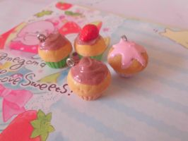 Tiny Cupcake Charms by Lord-Ackbar