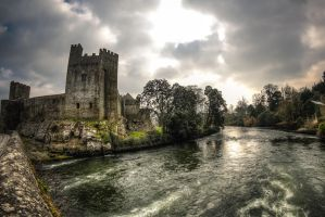 Cahir Castle by subversif