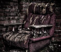 Forgotten Throne by FreeForms