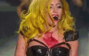Gif MUY Mother Monster by FuckingBitchYeah