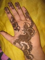 Henna.20 by BeautifulLoneliness