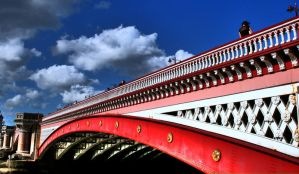 Under the Bridge by burburia