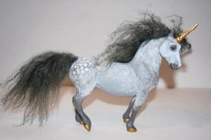 Polymer sculpt Unicorn by PaintedKelpie