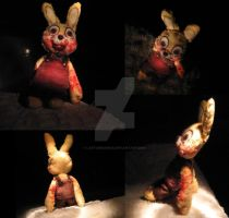 robbie rabbit plush toy by LaetuSMorbus
