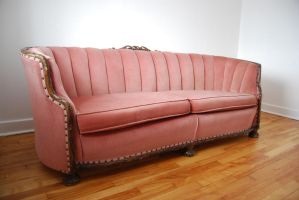 Pink couch 3 by Yukkabelle