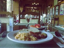 Breakfast at Camp John Hay by killingtheukelele