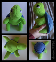 Turtle plushie by otohime0394