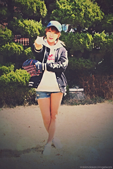 Rainbow - Hyun Young by Angel-Jiyoung