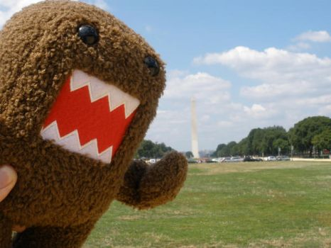 Domo eats the Monument by ClaraKelley