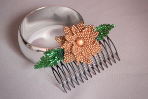 Hair comb: Golden Flower by Lleye