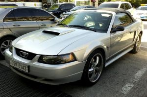 Ford Mustang GT Silver Convertible by toyonda