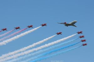 Sentinel R1 and Red Arrows fly past by DAZZY-P