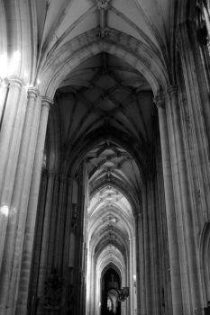 Winchester transept by rorshach13