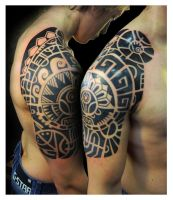 Polynesian-styled half sleeve by Vinoshitto