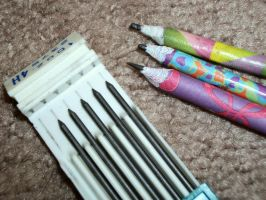 rolled paper pencils by RaheHeul