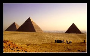The Pyramids at Giza by LaSphinxy