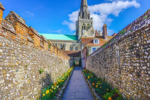 Chichester Cathedral by zoolop