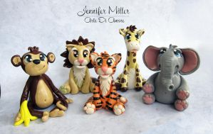 Safari Animal Clay Cake Toppers by ArteDiAmore