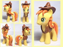 Braeburn Custom Toy by CadmiumCrab