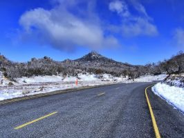 Looking towards the horn (Mt Buffalo) by djzontheball