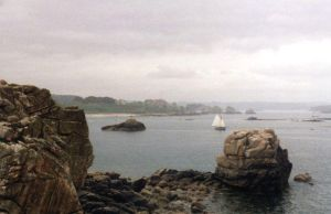 Rocky Coast, Northern Brittany by gloriouskyle
