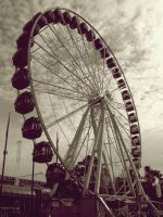 Ferry Wheels 2 by ViviemPig