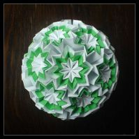 Kusudama 8 by lonely--soldier
