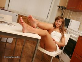 Chantelle - sitting in the kitchen by Stervus