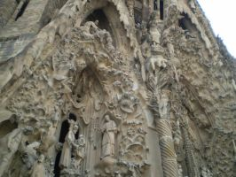 La Sagrada familia 9 by IvyI