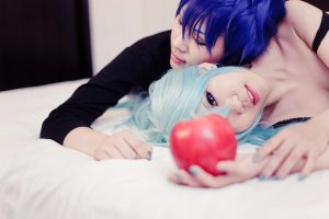 VOCALOID_forbidden love by hybridre