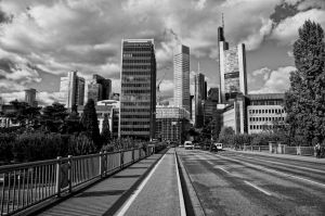into the city_II by deoroller