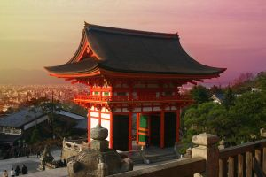 Kyoto Hill Temple by eficks