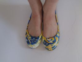 Doctor Who Tardis Van Gogh Shoes 2 by arteclair