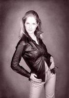 Sarah with Leathers by noelholland