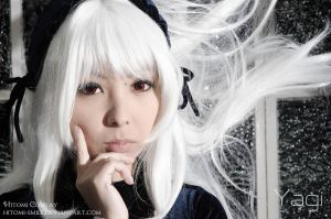 I'm the most worthy of becoming Alice by Hitomi-Cosplay