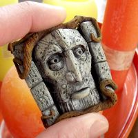 Talking wall - Labyrinth - Polymer Clay Charm by buzhandmade