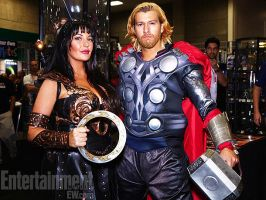 Xena and Thor at SDCC 2012 with ET! by captainjaze