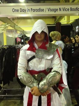 Best Assassin's Creed brotherhood cosplay by AuditoreEagle