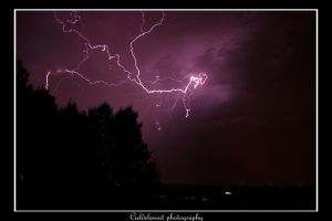 lightning by cieldelanuit