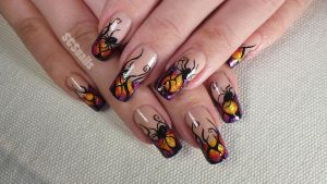 Poisonous spider halloween nail art by sugarcharmshop