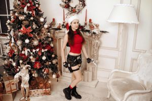 Christmas Lara Croft - smile by TanyaCroft