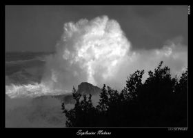 Explosive Nature by eehan